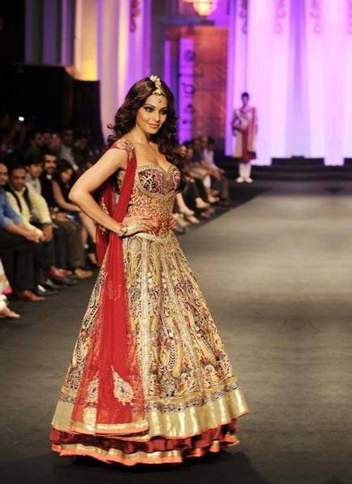 miraculous beauty of maroon designer lehenga with