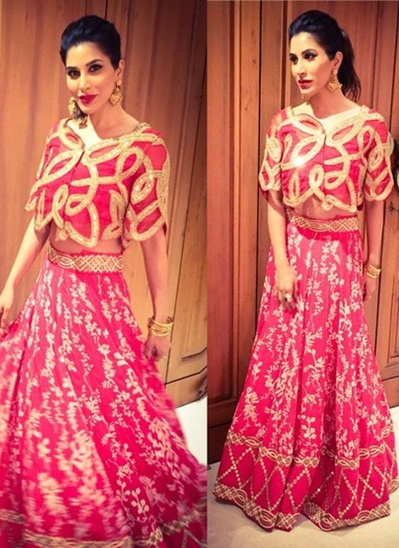5ca95271a9 Pink Raw Silk Lady Sangeet Mehendi Bridal Lehenga Choli with Floral  Embroidery at Zikimo