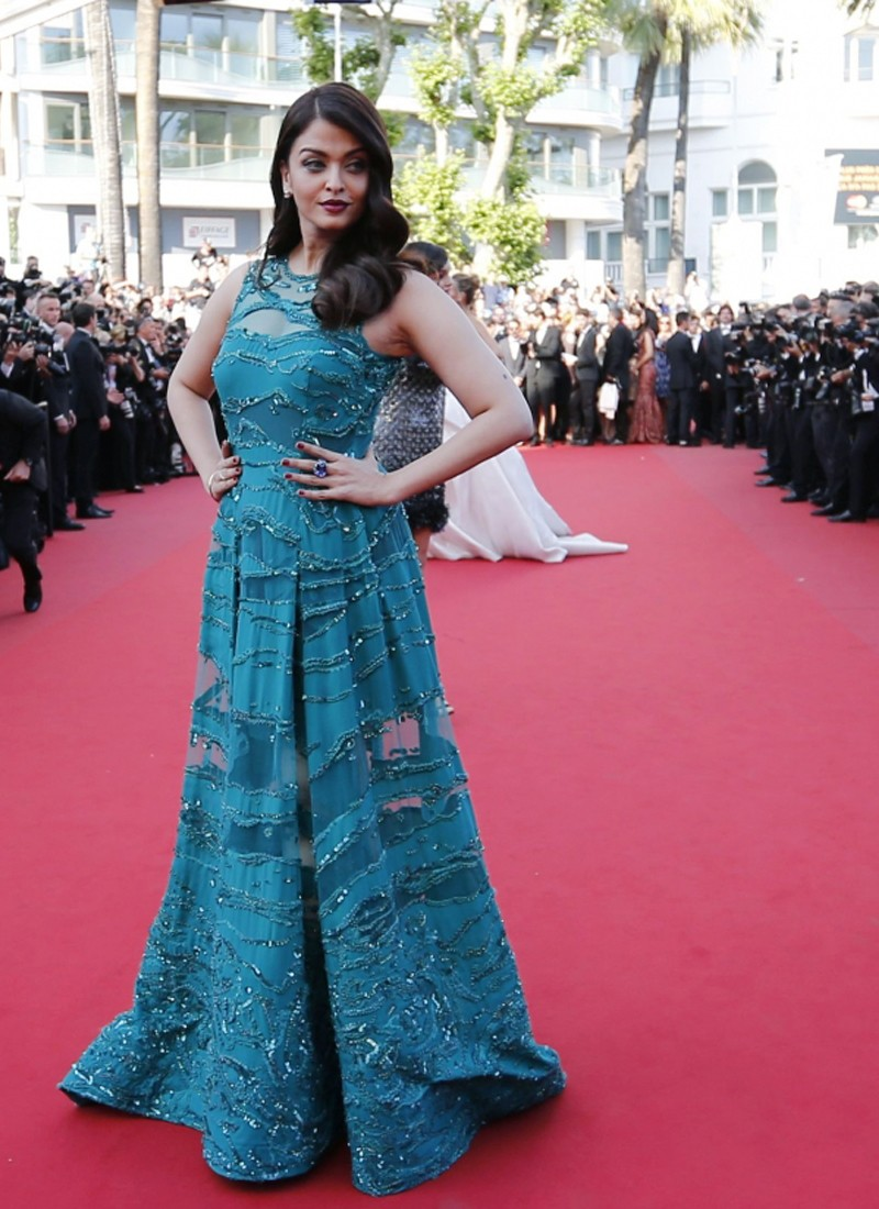 Phenomenal Aishwarya Rai Cannes 2015 Emerald Party Wear Blue Gown At Zikimo