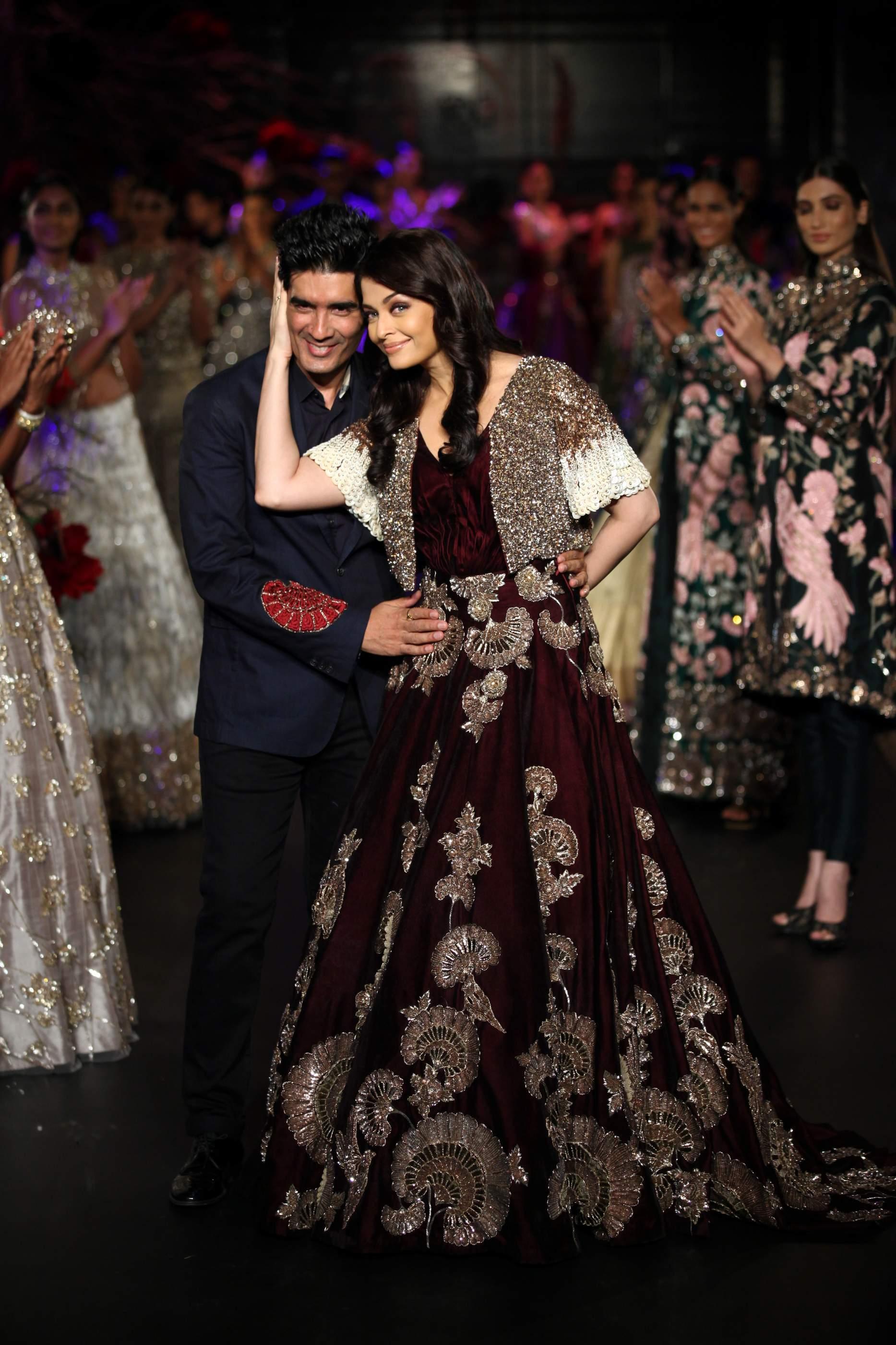 Wedding Bridal Lehenga Shop Online Designer Bridal
