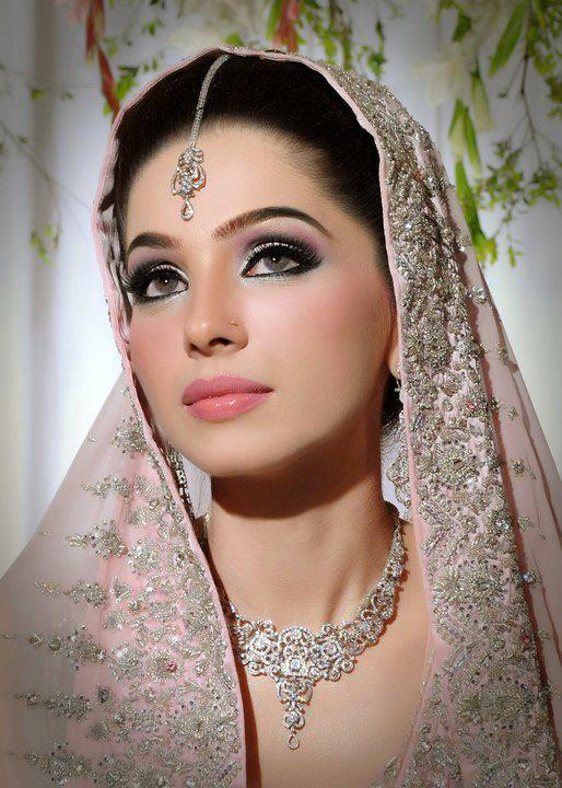 10 Easiest Bridal Makeup Looks And Skin Care Tips
